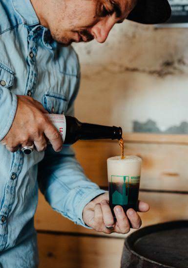 72-Julien_Tamara-(10) Bière