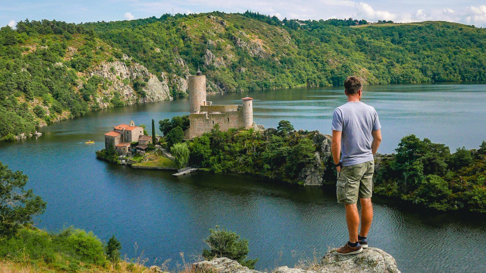Gorges de la Loire©Saint-Etienne Tourisme&Congrès_Trekking&Voyages (1)