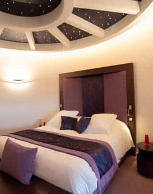 Hotel_resort___spa_La_Charpiniere___chambre-Saint-Etienne_Tourisme___Congres___Marion_Dubanchet-66214-1200px