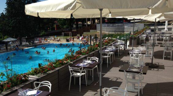 terrasse - piscine Lion Blanc