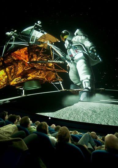 Apollo_nouveau_spectacle_Planetarium