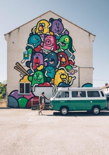 Mur_peint___Roche-la-Moliere___PEC___Les_Knor-Saint-Etienne_Tourisme___Congres___Max_Coquard-Bestjobers-80984-1200px