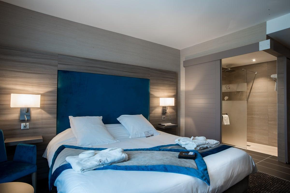 Hotel_resort___spa_La_Charpiniere___chambre-Faire_figurer_le_nom_de_la_structure-9717-1200px