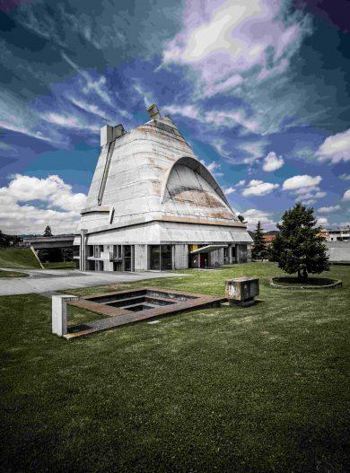 Site_Le_Corbusier___eglise_Saint-Pierre-Inscrire_la_legende-20508-compressed